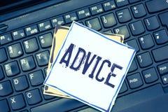 Rådgivning för handskrifttexthandstil Vägledning eller rekommendationer för begrepp erbjöd menande med försiktig handling för hän arkivbild