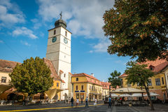 Rådtorn i Sibiu, Rumänien Royaltyfria Bilder