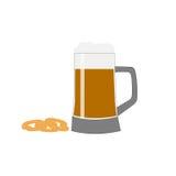 Råna av öl med skum- och lökcirklar på en vit bakgrund Arkivfoto