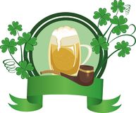 Råna av öl och leda i rör Arkivfoto