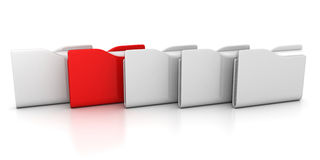 Rått av vita kontorsmappar med en red Arkivfoton