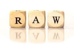 RÅTT stavat ord, tärningbokstäver med reflexion Arkivfoton