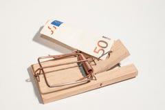 Råttfälla med 50-Euro-Note Arkivbild