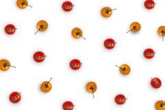 Råvara med den nya tomaten på vit bakgrund Arkivbild
