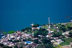Règlement au bord de lac Toba photos stock