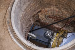 Réadaptation d'un égout près Images libres de droits