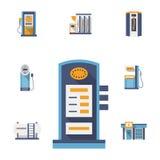 Réapprovisionnez en combustible les icônes plates de couleur de station réglées Photographie stock libre de droits