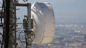Récepteur d'émetteur de tour de cellules Images stock
