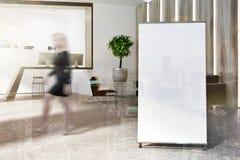 Réception blanche et en bois de bureau, tache floue d'affiche Photos libres de droits