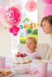 Réception en plein air anniversaire de s pour fille ' Photo stock