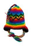 Réchauffez l'écharpe et le chapeau tricotés avec des pistes d'isolement Photos libres de droits