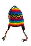 Réchauffez l'écharpe et le chapeau tricotés avec des pistes d'isolement Photo libre de droits