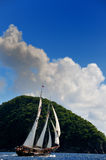 Récipient de navigation dans les Caraïbe Images libres de droits