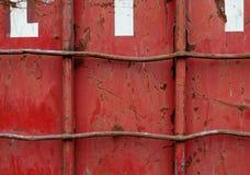 Récipient rouge endommagé Image libre de droits