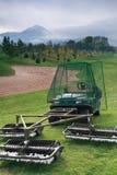 Récolteuse et collecteur de bille de golf Image libre de droits