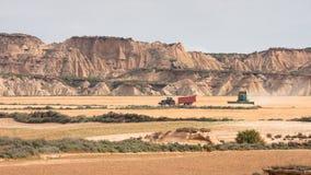 Récolteuses dans Bardenas Reales Photos stock