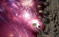 Réduisez le monument en fragments à Peter le grand et les feux d'artifice, Moscou, Russie Photographie stock