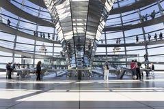 Réflecteur central de lumière naturelle de Reichstag Images libres de droits