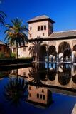 Réflexion d'Alhambra images libres de droits