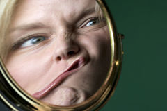 Réflexion dans un miroir Photos libres de droits
