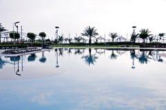 Réflexion dans une piscine Photographie stock libre de droits