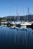 réflexion de bateaux Photographie stock