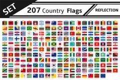 réflexion de 207 drapeaux de pays Photographie stock libre de droits
