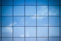 Réflexion de façade Photographie stock libre de droits