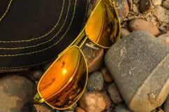 Réflexion de lunettes de soleil d'été Photos libres de droits