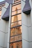 Réflexion de Matthias Church sur le côté de Buda Photographie stock libre de droits