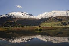 Réflexion de montagne Photographie stock libre de droits