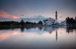 Réflexion de mosquée Photographie stock
