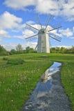Réflexion de moulin à vent image stock