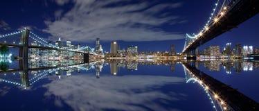 Réflexion de New York City image stock