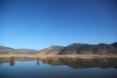 Réflexion des montagnes Images libres de droits