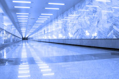 Réflexion sur l'étage de marbre Image libre de droits