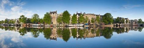 Réflexions d'Amsterdam, Hollande Photographie stock