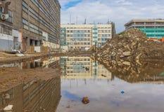 Réflexions dans l'eau, vieille ville de Cracovie image stock