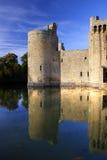 Réflexions de château de Bodiam Images libres de droits