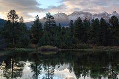 Réflexions de montagne Image libre de droits