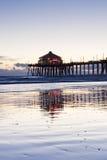 Réflexions de pilier de Huntington Beach Photos stock