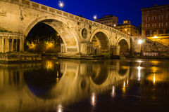 Réflexions de Ponte Sisto Photo stock