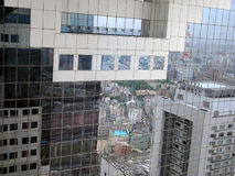 Réflexions de ville image stock