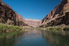 Réflexions du fleuve Colorado images stock