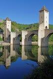 Réflexions du pont Valentré Image libre de droits