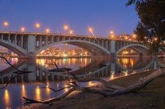 Réflexions et logarithme naturel de fleuve Photographie stock