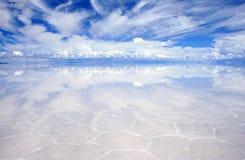 Réflexions sur les saltflats Photos libres de droits