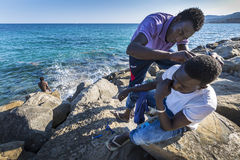 Réfugiés africains bloqués en Italie Photo stock