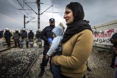 Réfugiés de Sirian bloqués dans Idomeni Photo libre de droits