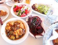 Régime méditerranéen sain de déjeuner Photo stock
